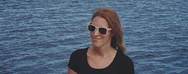 Nadine Hildegard am Meer