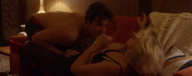 "Orlando Bloom und Malin Akerman in ""Easy"""