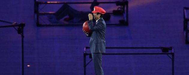 Premierminister von Japan Shinzo Abe als Super Mario bei der Olympia-Abschlussfeier in Rio 2016