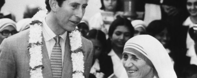 Prince Charles und Mutter Teresa im Jahr 1980 in Kalkutta, Indien