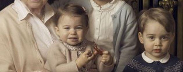 Queen Elizabeth II., Prinz George und Prinzessin Charlotte