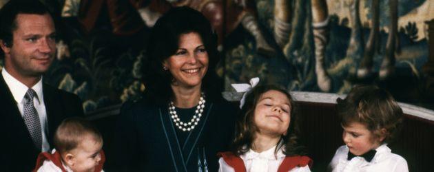 Prinz Carl Philip von Schweden, Madeleine von Schweden, Prinzessin Victoria von Schweden, Königin Si