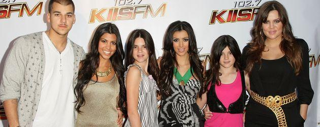 Robert, Kourtney, Kendall, Kim, Kylie und Khloe 2008