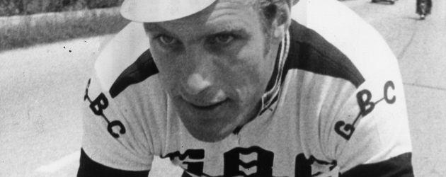 Rudi Altig fährt Rad bei einer Straßen-WM in Leicester im Jahr 1970