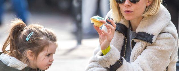 Sienna Miller und Marlowe Sturridge