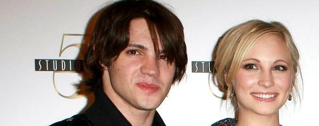 Candice Accola und Steven R. McQueen