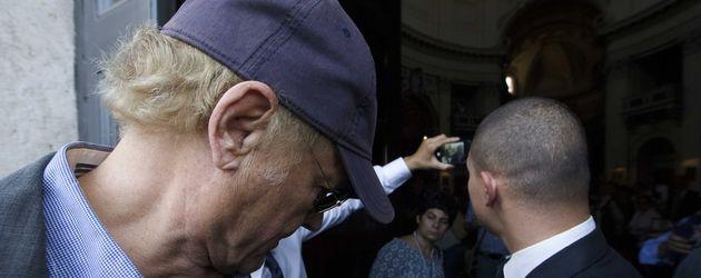 Terence Hill bei der Prozession zur Beerdigung von Bud Spencer