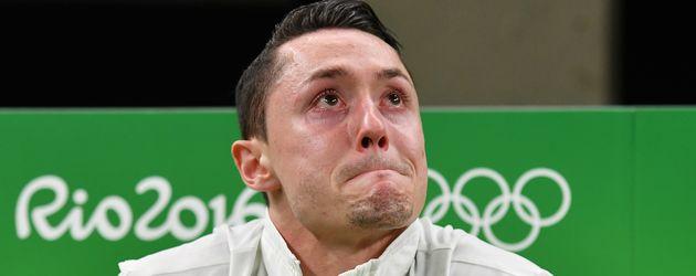 Turner Andreas Toba nach seinem Unfall bei den Olympischen Spielen 2016