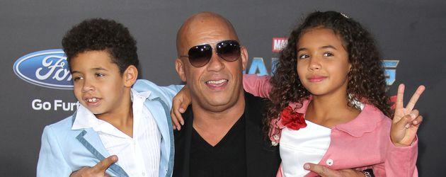 Vin Diesel mit seinen Kids Vincent und Hania bei einer Filmpremiere