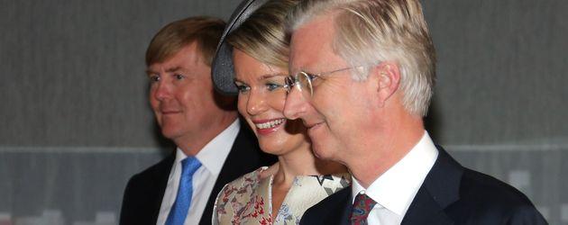 Willem-Alexander der Niederlande, Königin Mathilde und König Philippe von Belgien