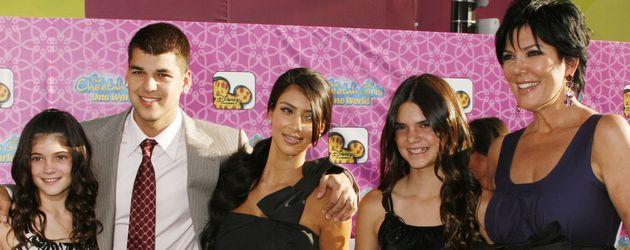 Kylie Jenner, Kim Kardashian, Kendall Jenner, Robert Kardashian und Kris Jenner