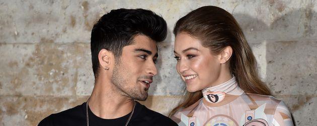 "Zayn Malik und Gigi Hadid 2016 auf der ""Pariser Fashion Week"""